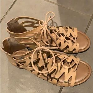 Steve Madden nude gladiator shoes